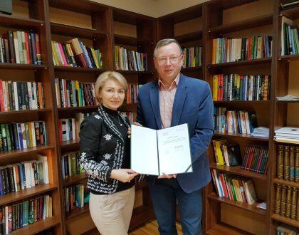 Rokovanie s Varšavskou školou manažmentu, Poľsko