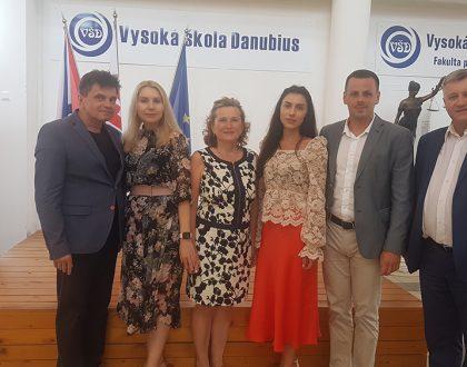 Delegácia z Univerzity technológie a dizajnu, Kyjev